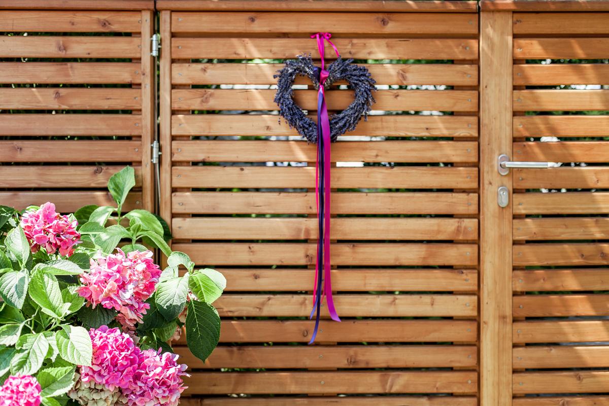 Hochzeit Beerenfarben Tür